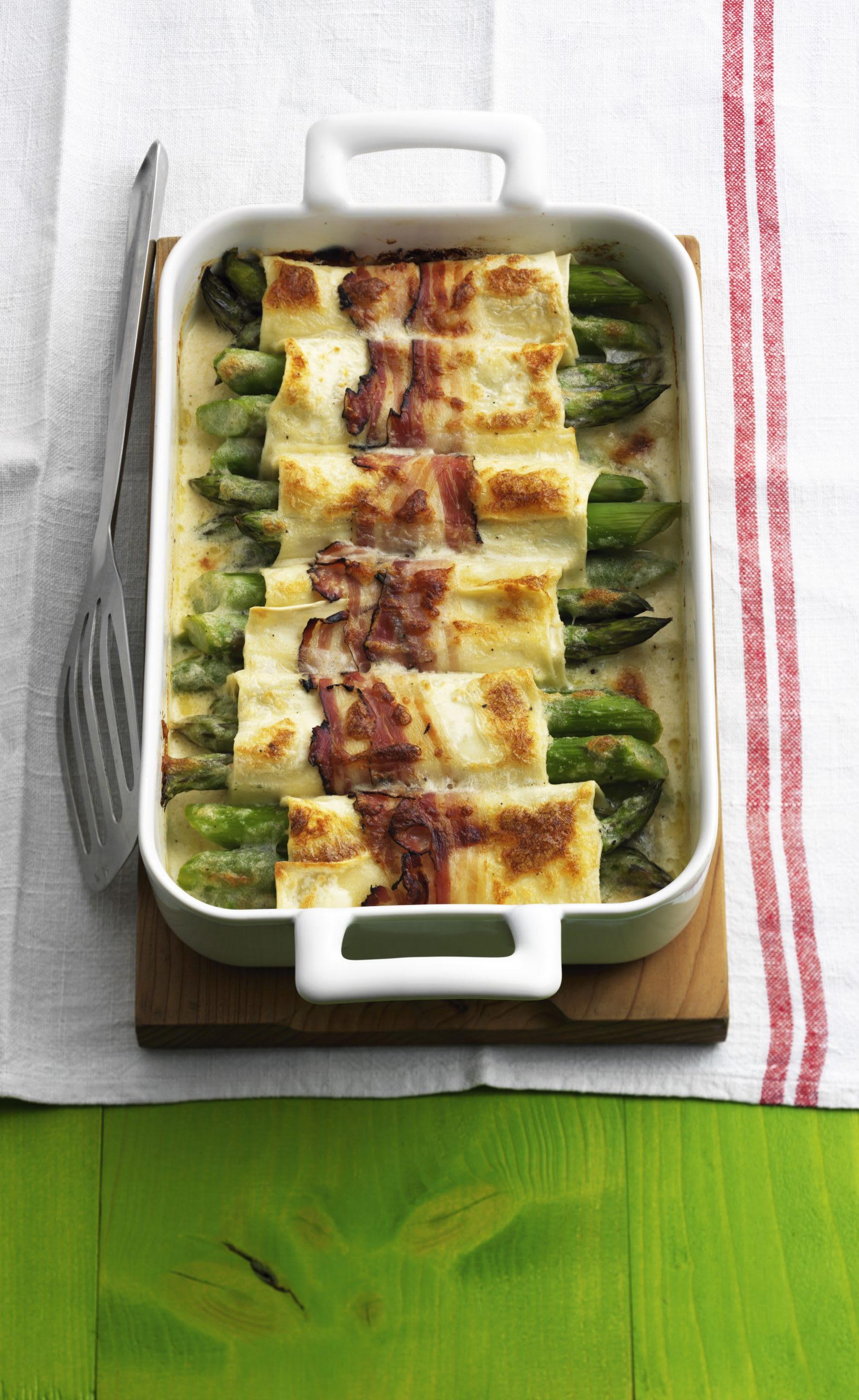 Spargel-Cannelloni mit Speck