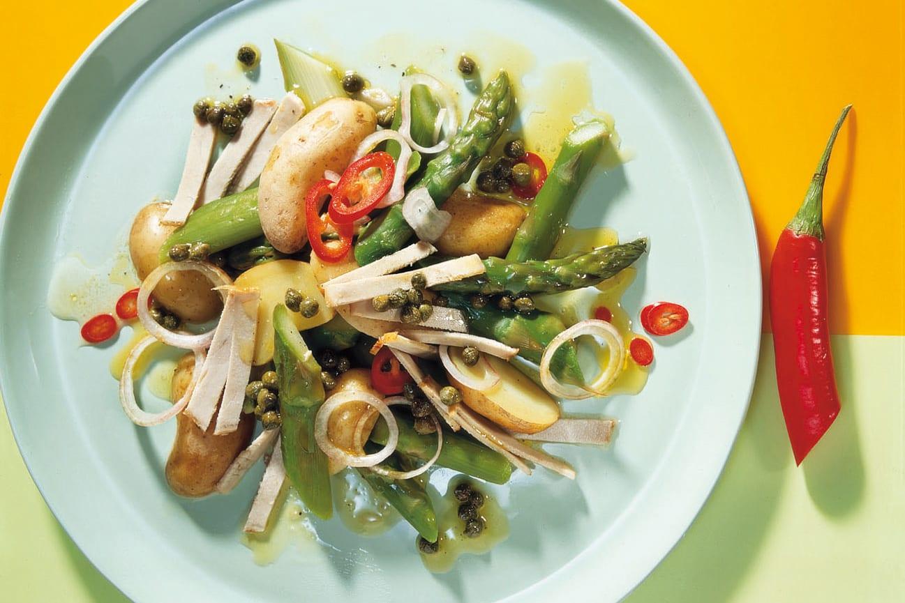 Spargel-Kartoffel-Salat mit Fleisch