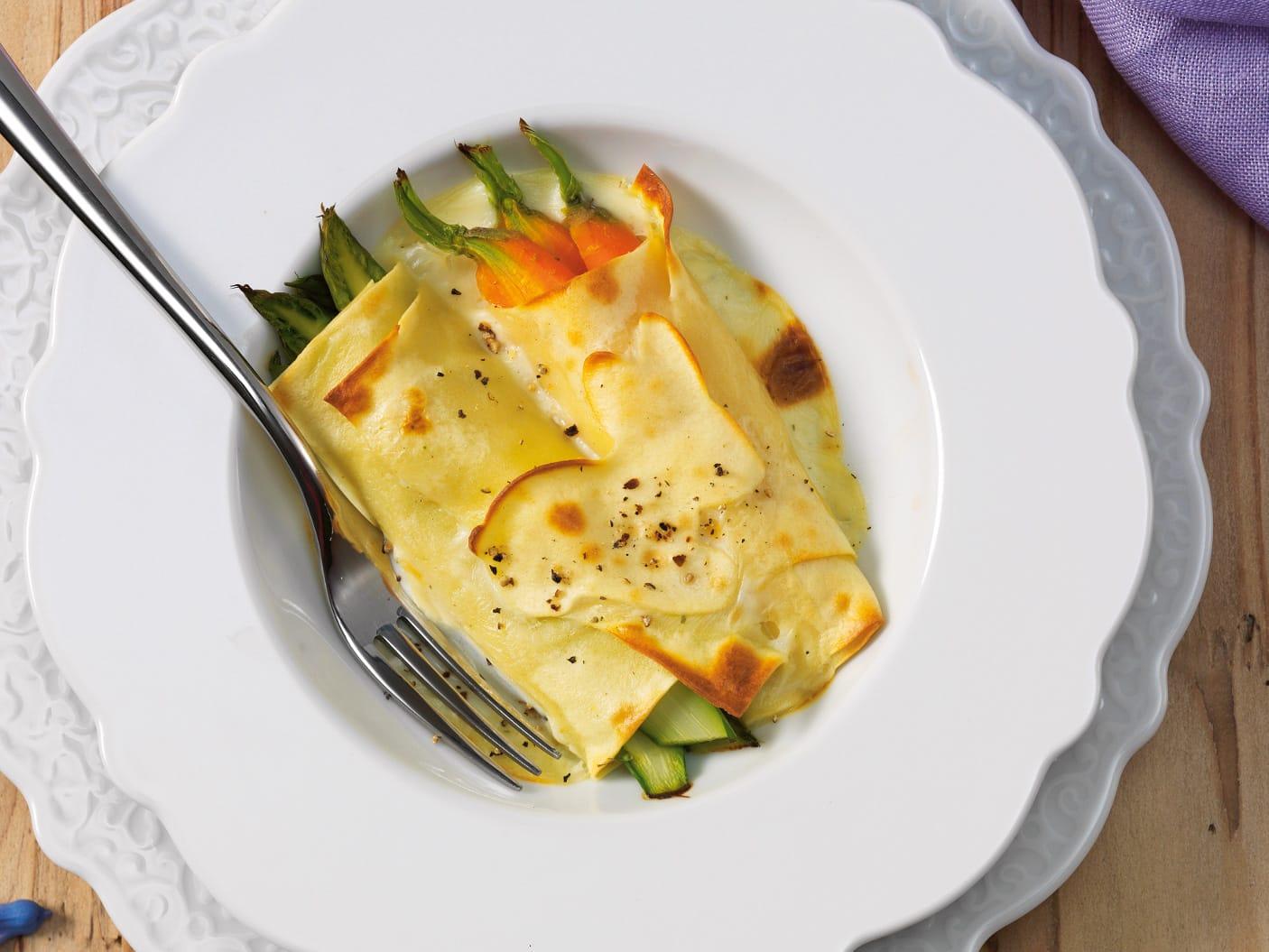 Spargel-Rüebli-Cannelloni mit Béchamelsauce