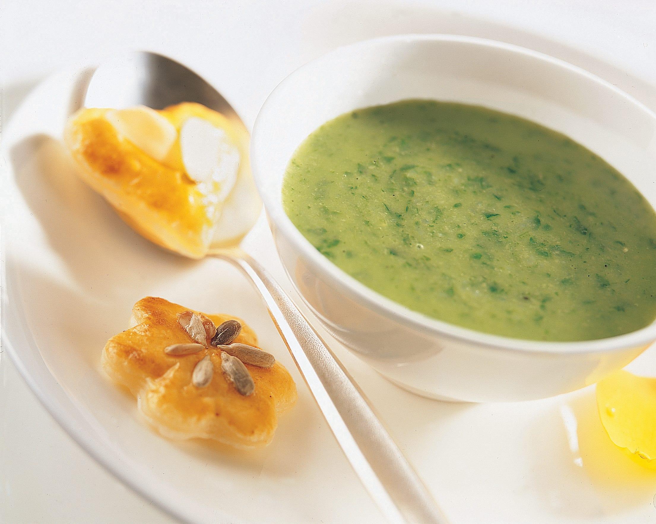 Soupe aux épinards et ses feuilletés garnis