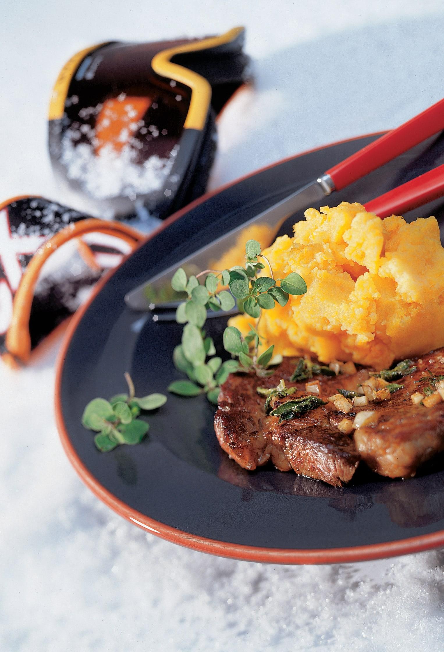 Steaks avec purée à la courge