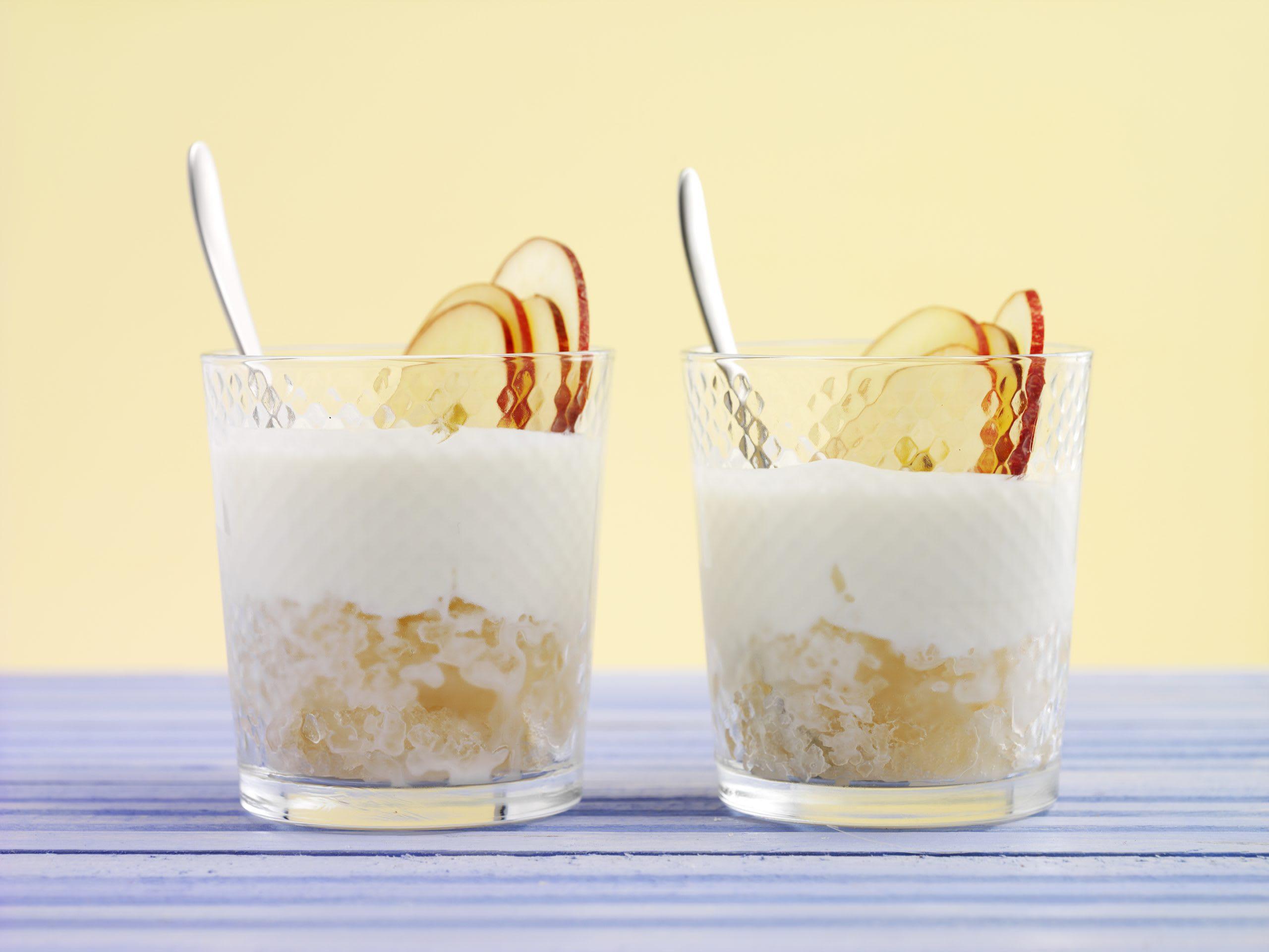 Granité au jus de pomme et yogourt au miel