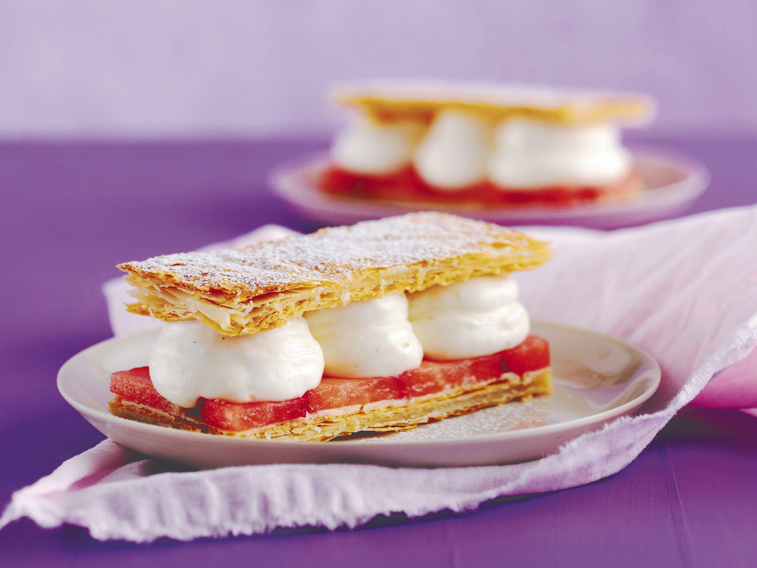 Vanille-Erdbeer-Crèmeschnitten