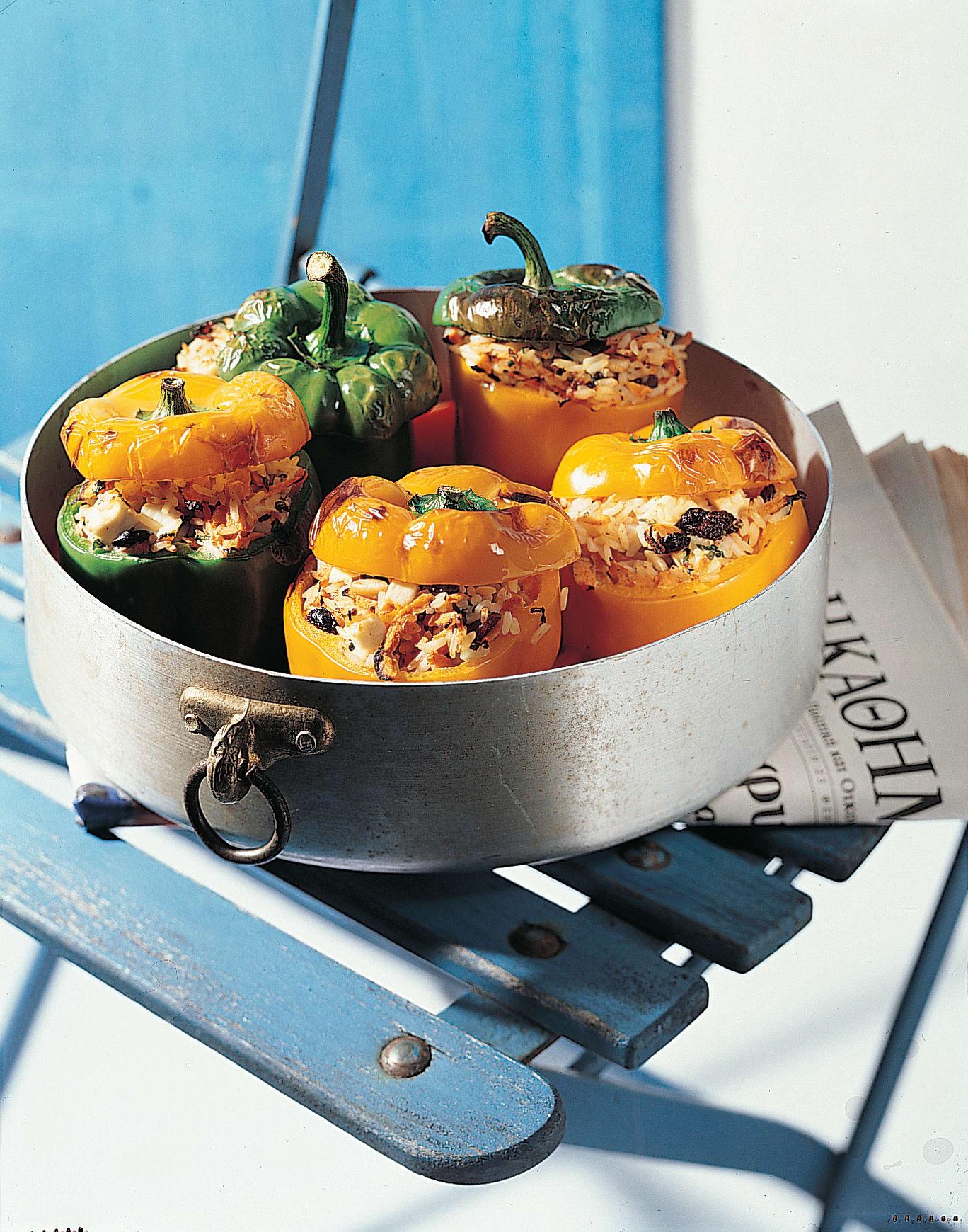 Poivrons farcis végétariens (Piperiés jemistés)