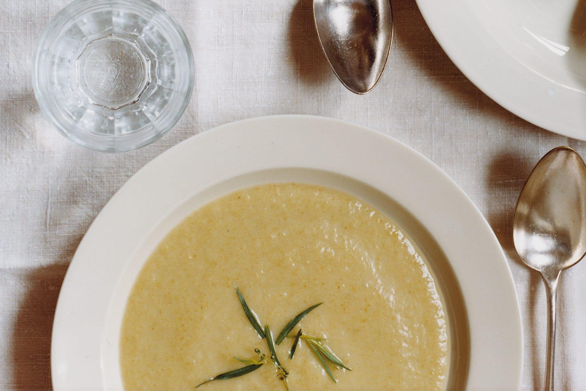 Vichyssoise (Crème au poireau et à la pomme de terre)