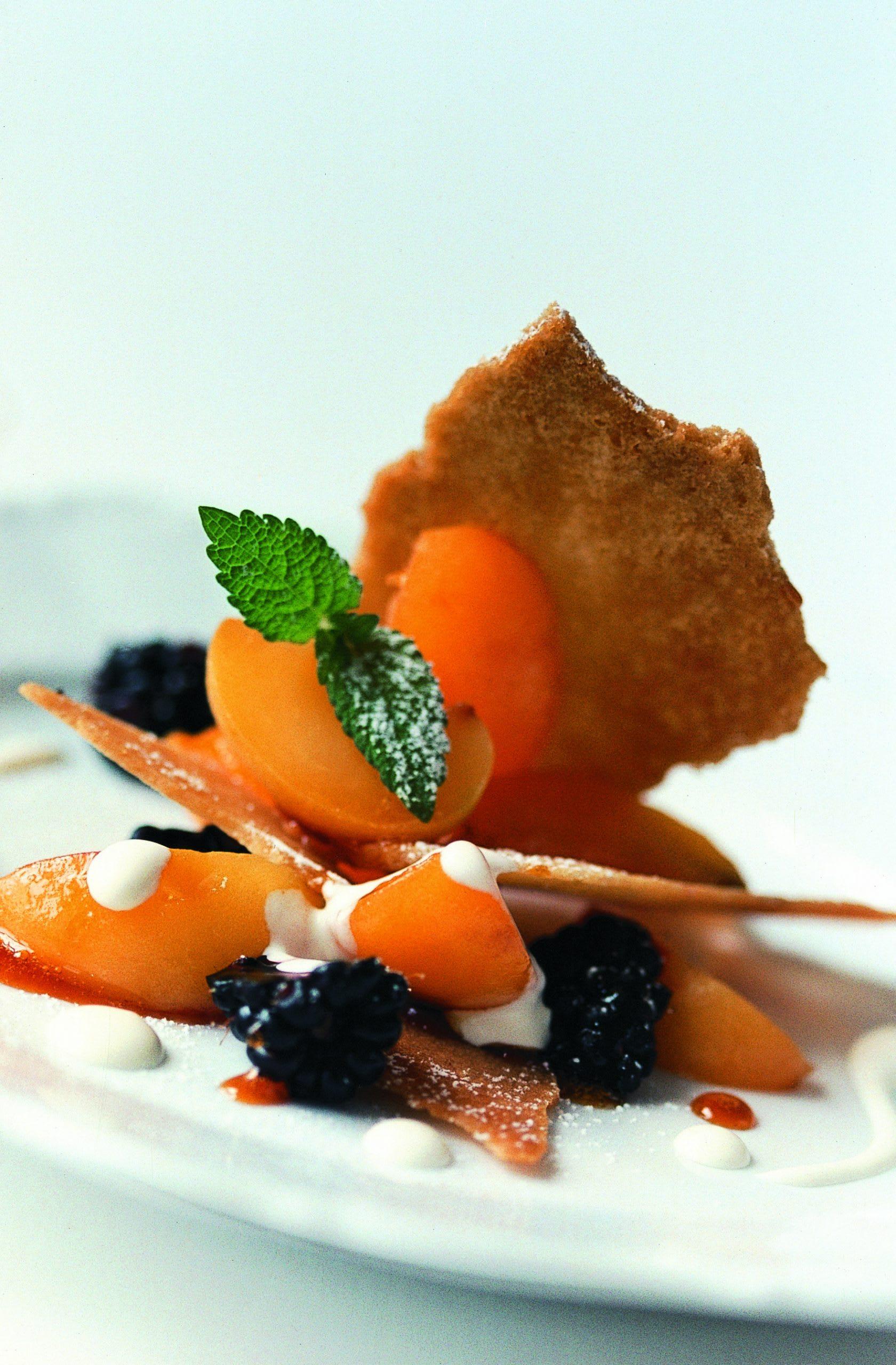Biscuits aux abricots caramélisés et aux mûres