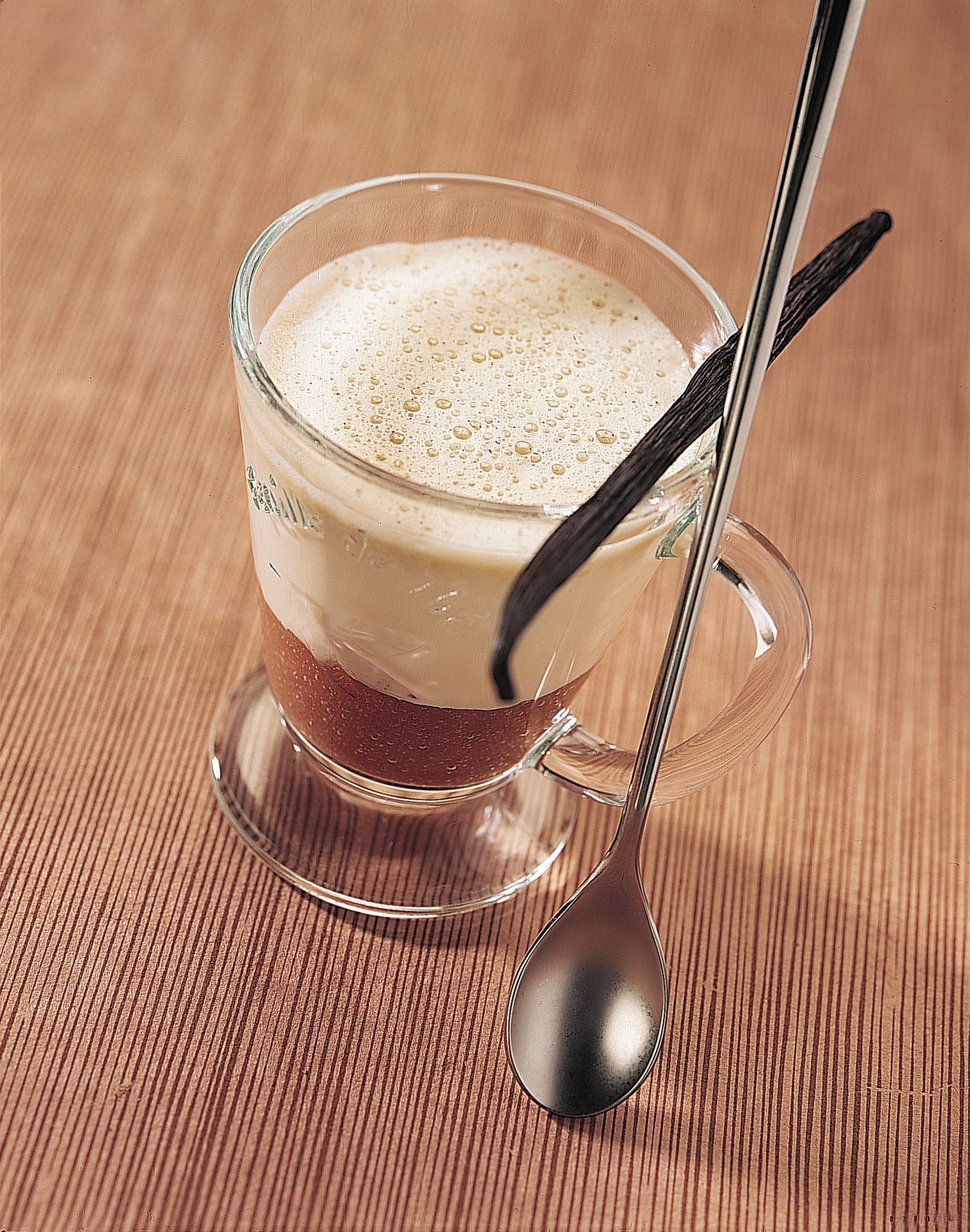 Warme Rhabarber-Schokolade