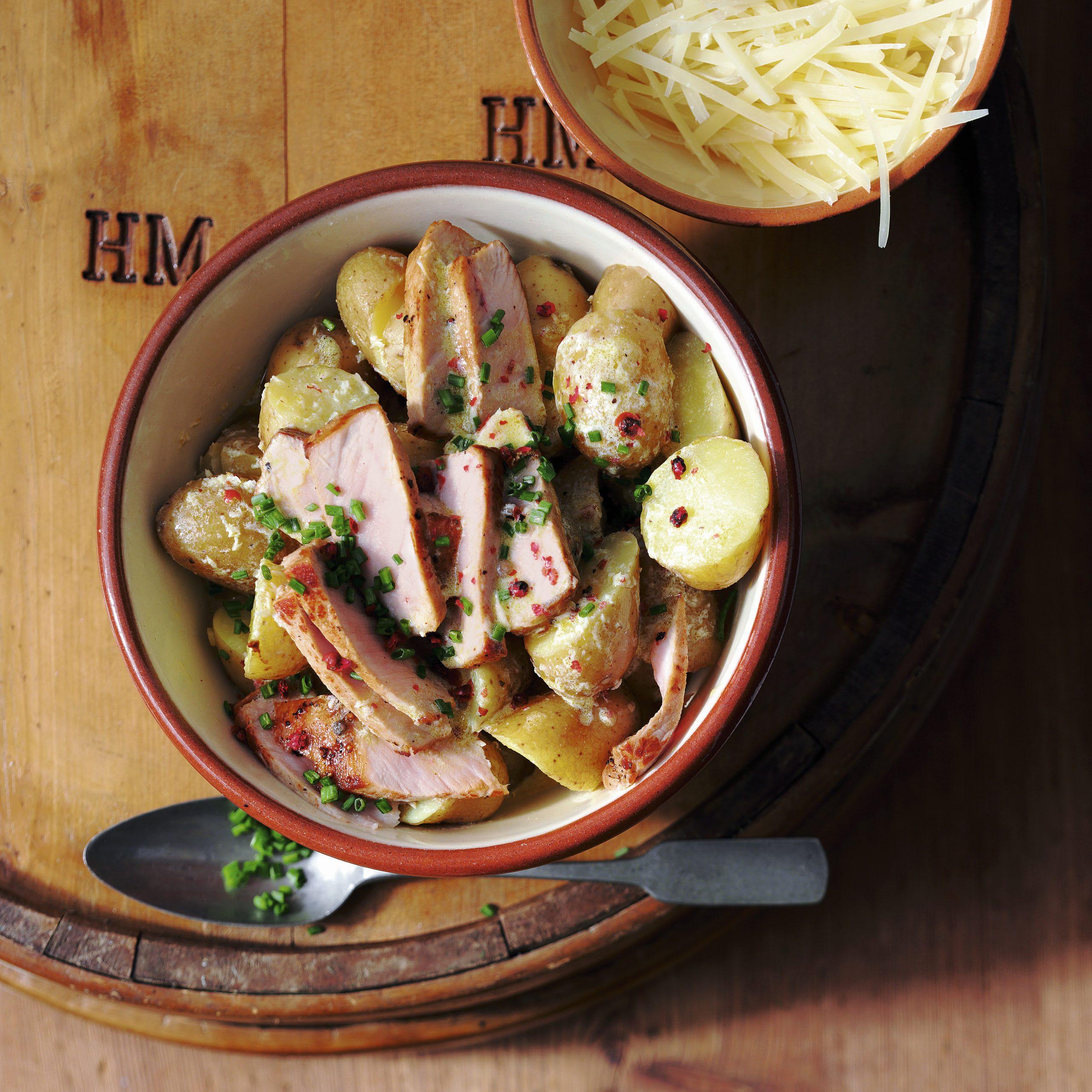 Warmer Sbrinz-Kartoffelsalat mit Steakstreifen