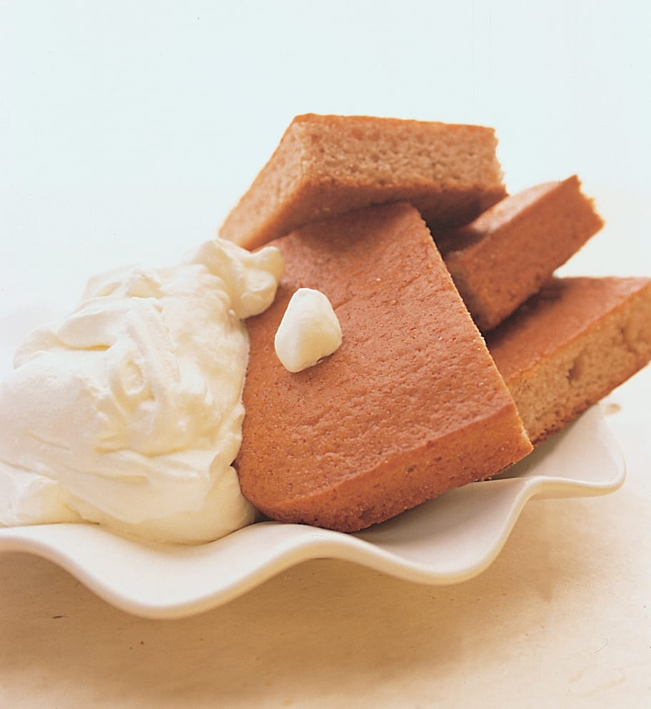 Pain d'épices à la crème fouettée