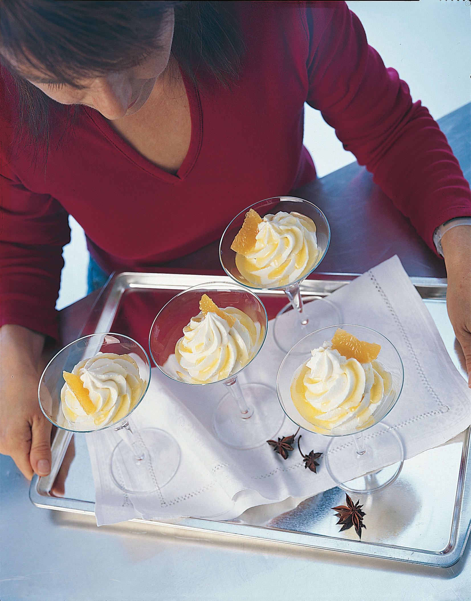 Mousse au chocolat blanc et aux épices coulis à la mandarine