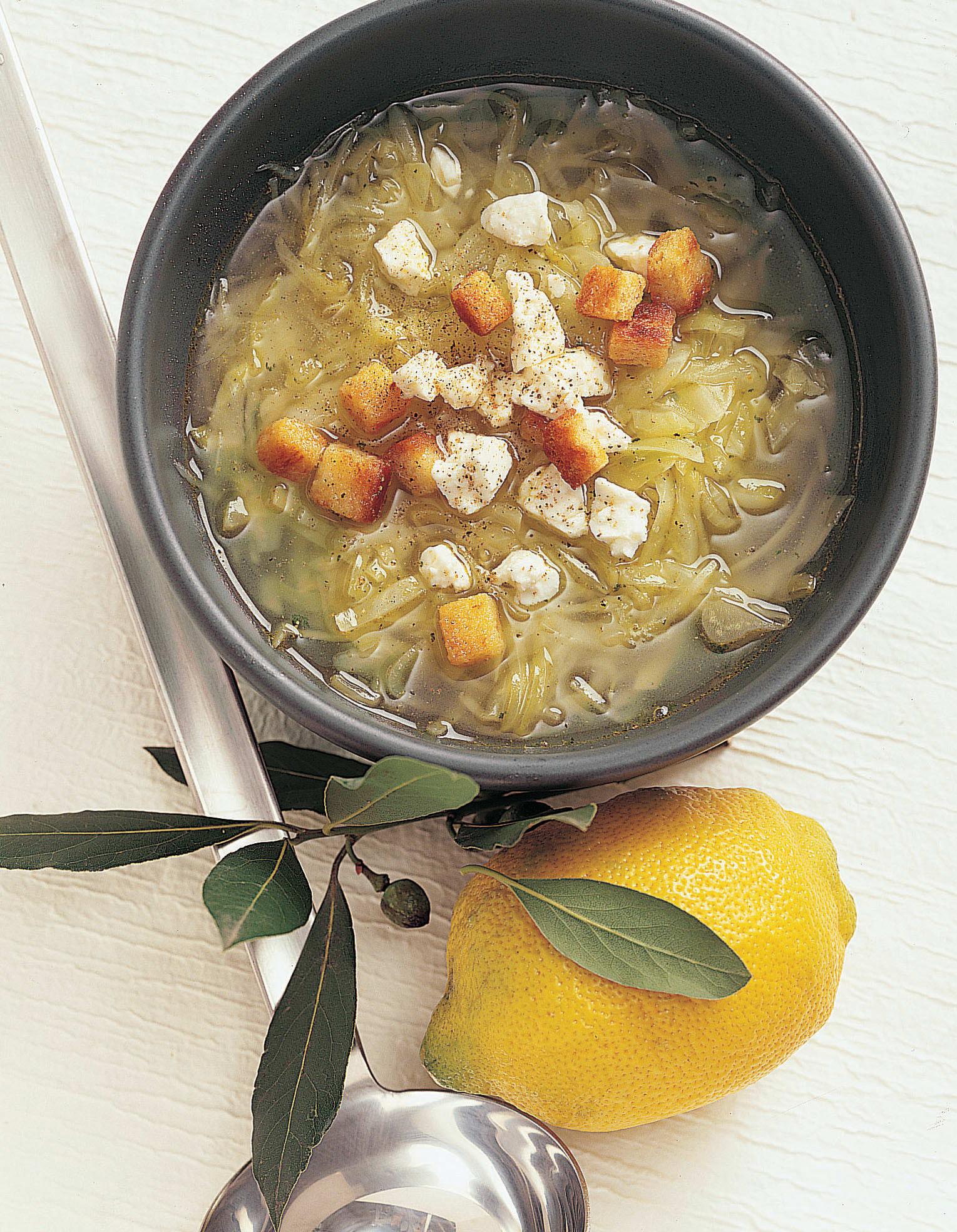 Soupe de chou blanc citronnée