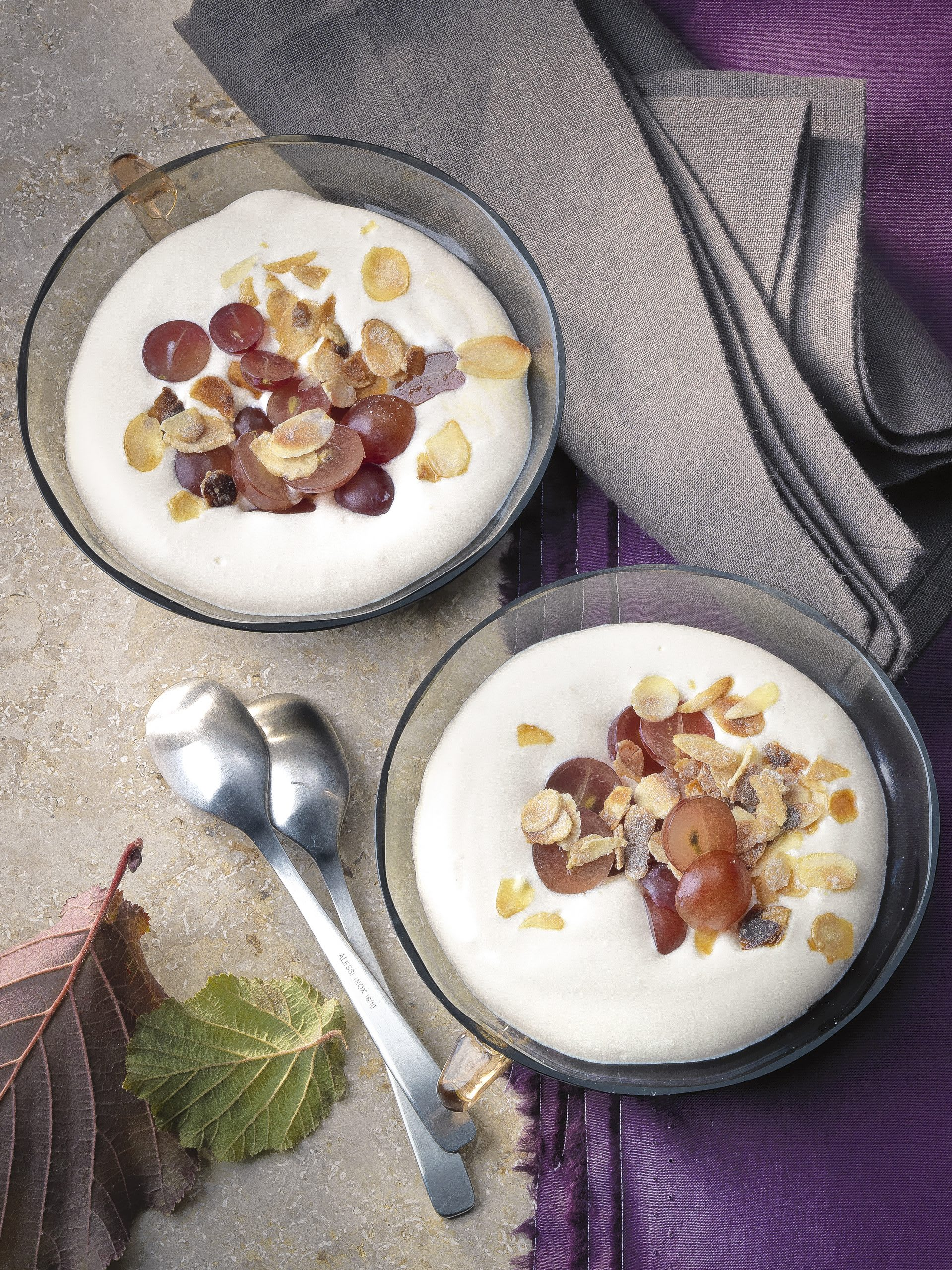 Crème au vin blanc et raisins