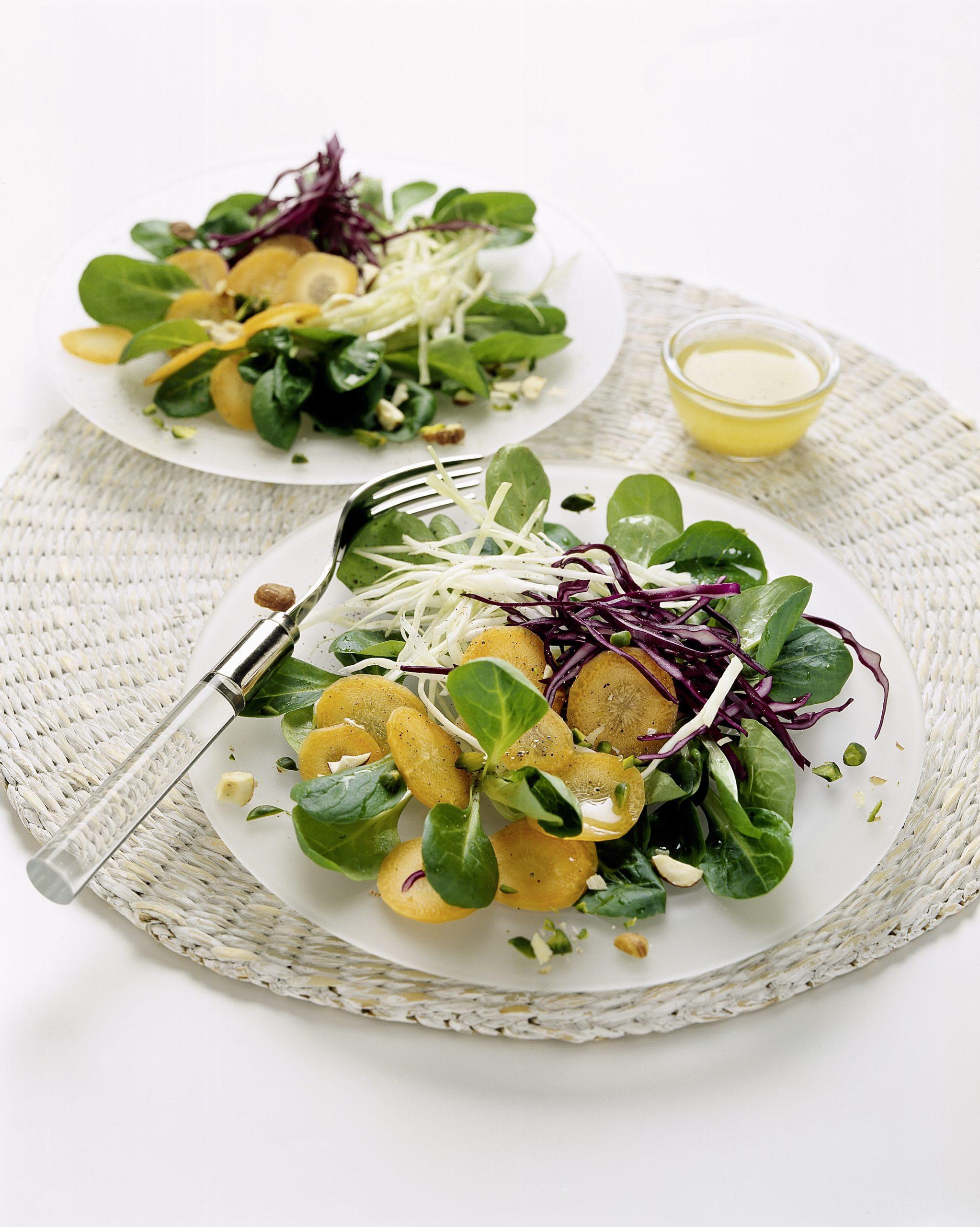 Salade d'hiver et sa vinaigrette aux amandes