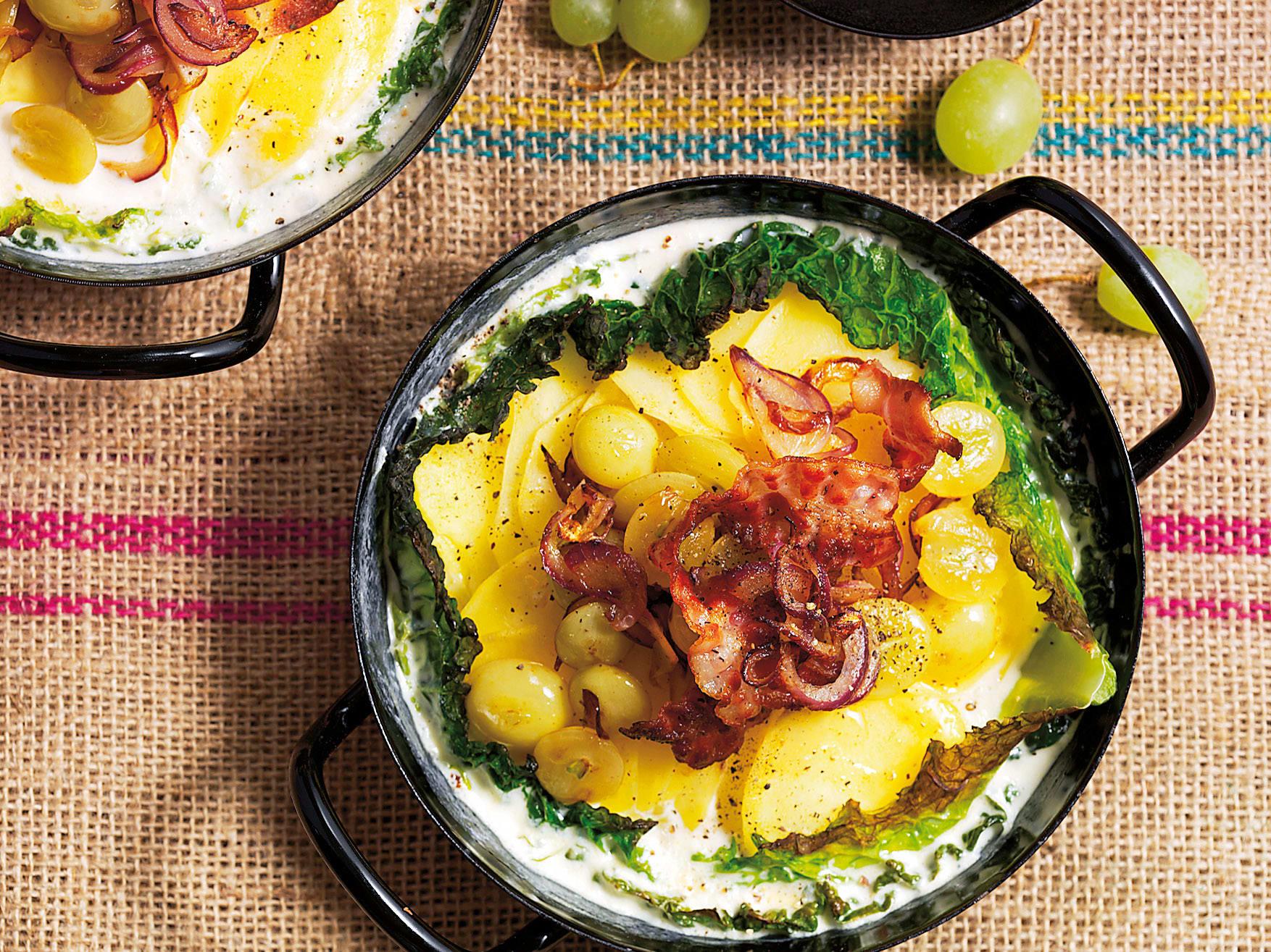 Wirz-Kartoffelgratin mit Speck und Trauben