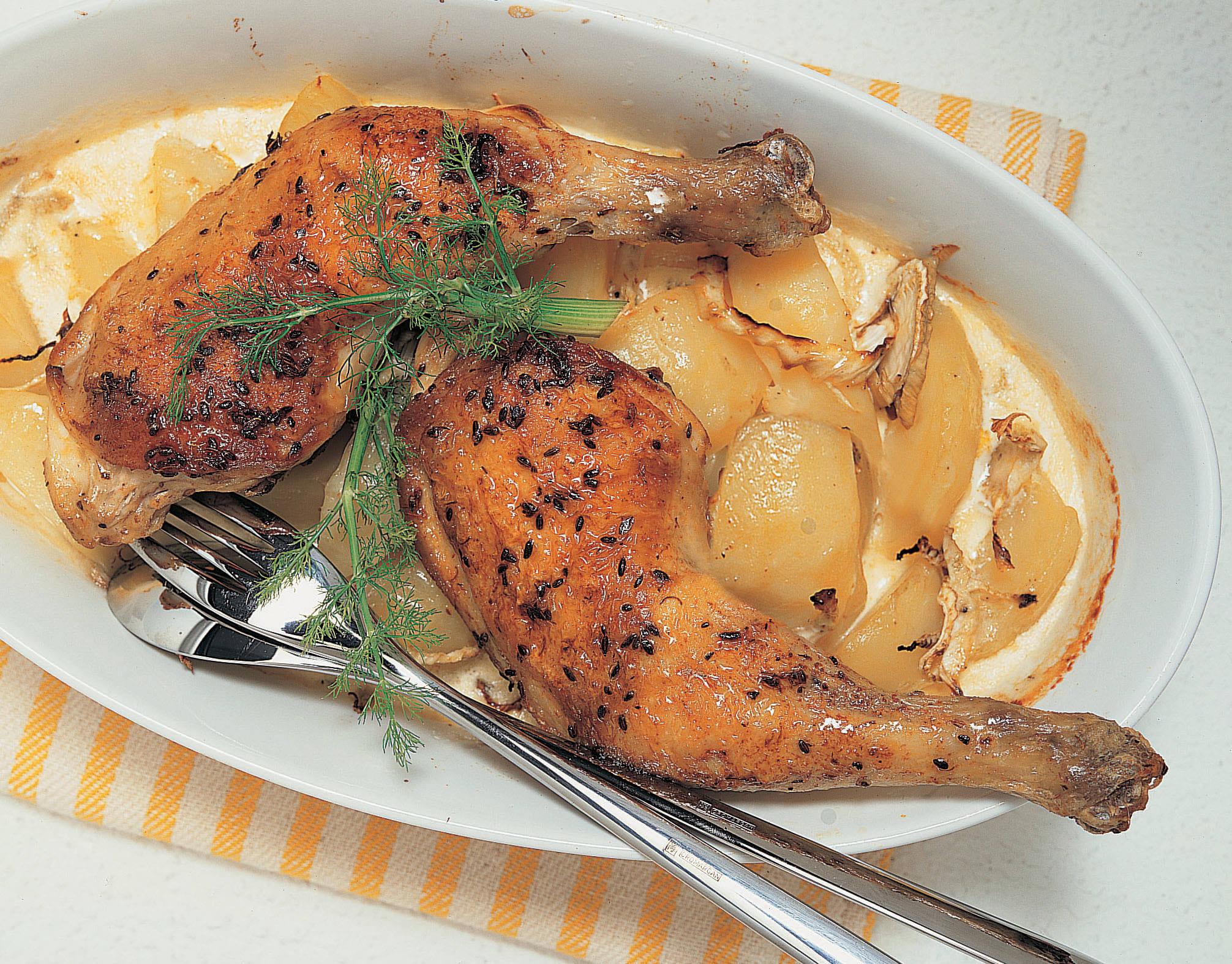 Cuisses de poulet rôti gratin de fenouil et de pommes de terre