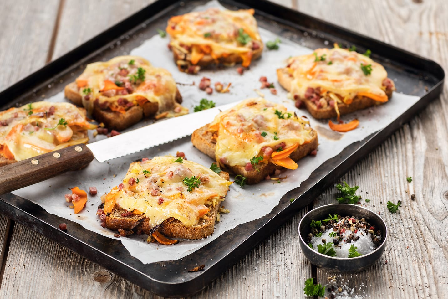 Toasts aux légumes-racines