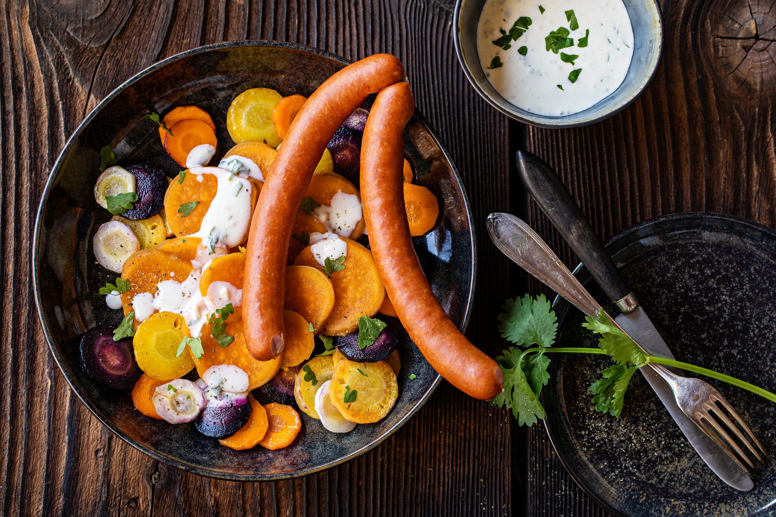 Salade carottes-patates douces et saucisses
