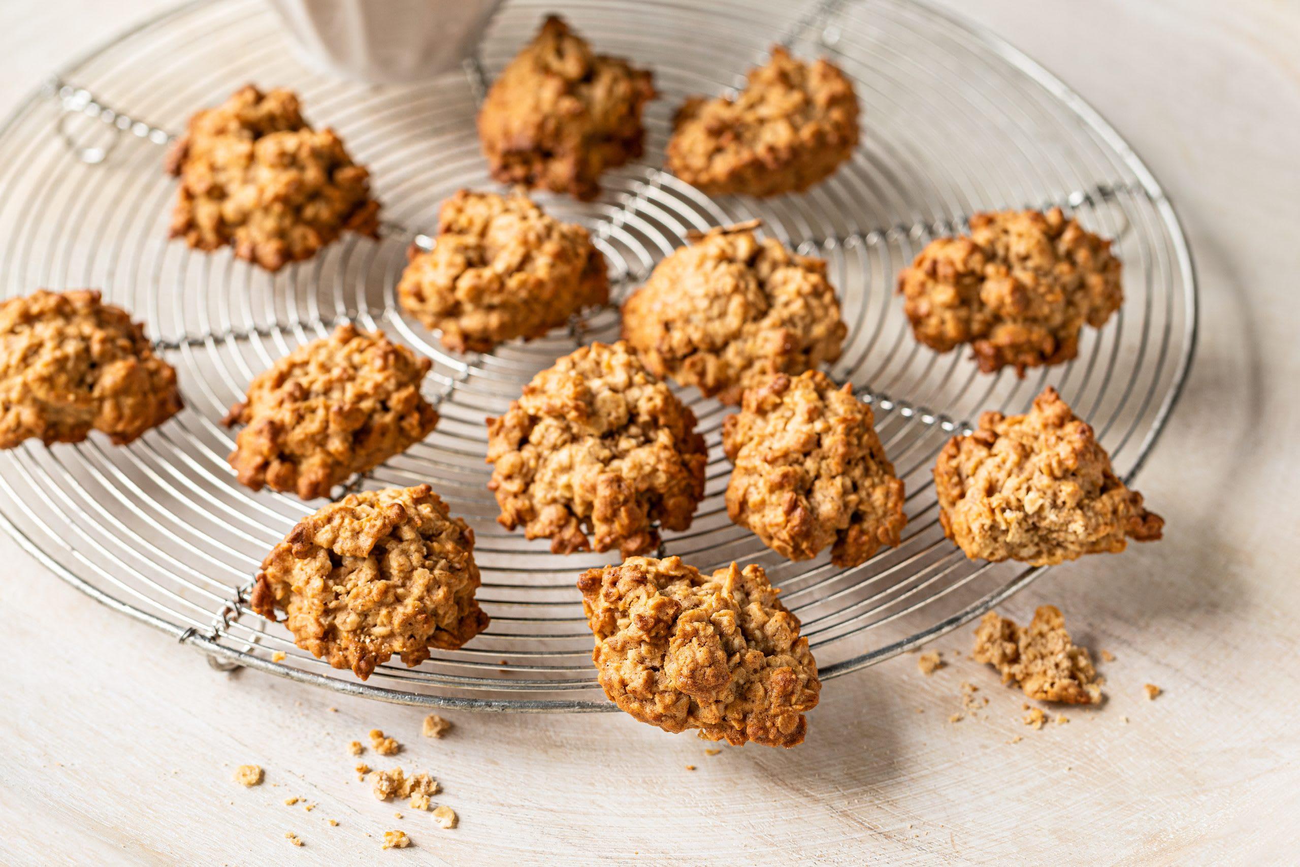 Cookies aux flocons d'avoine, au citron et à la cannelle (biscuits sans sucre)