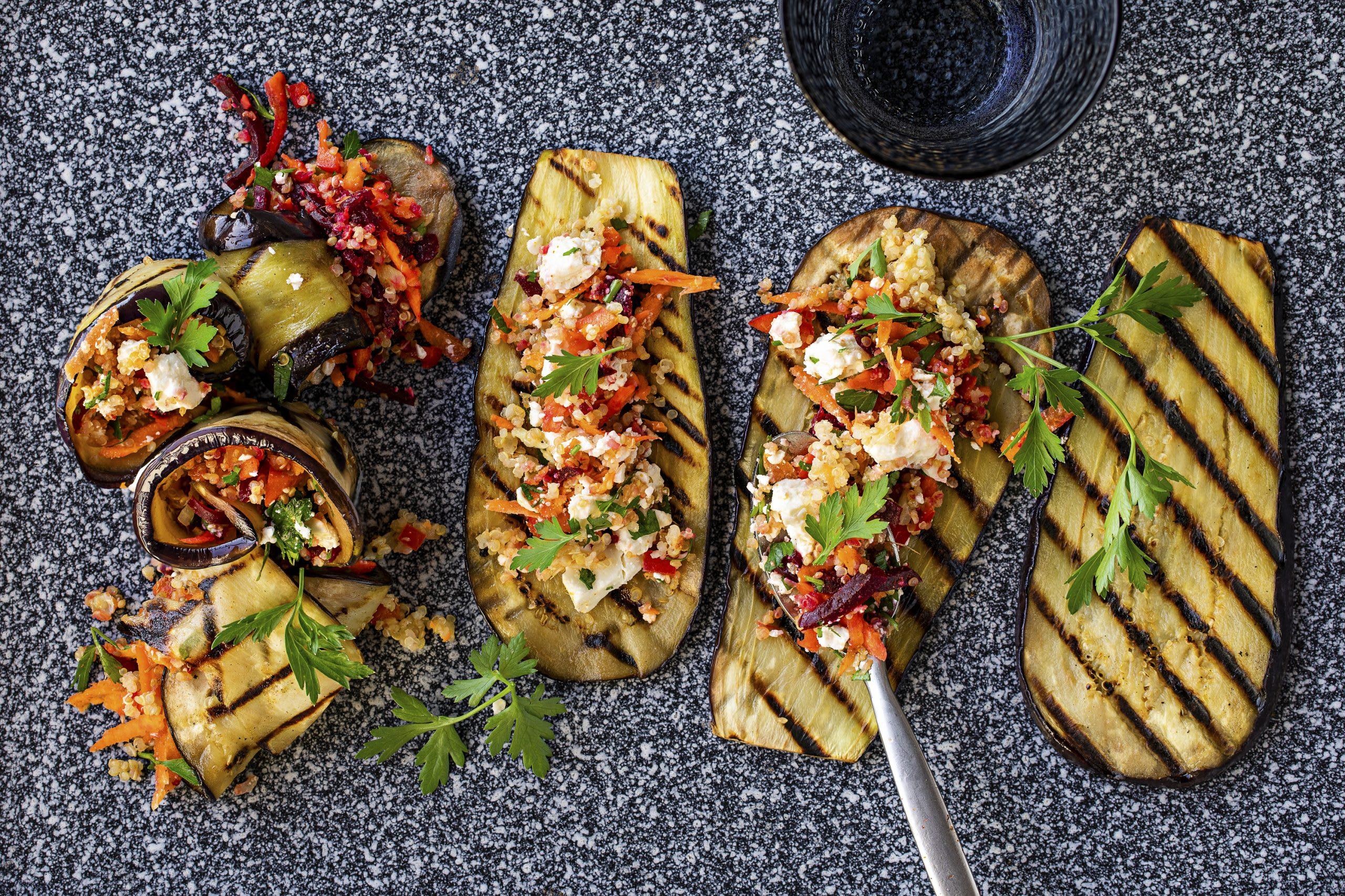 Roulades d'aubergine farcies au fromage frais et au quinoa