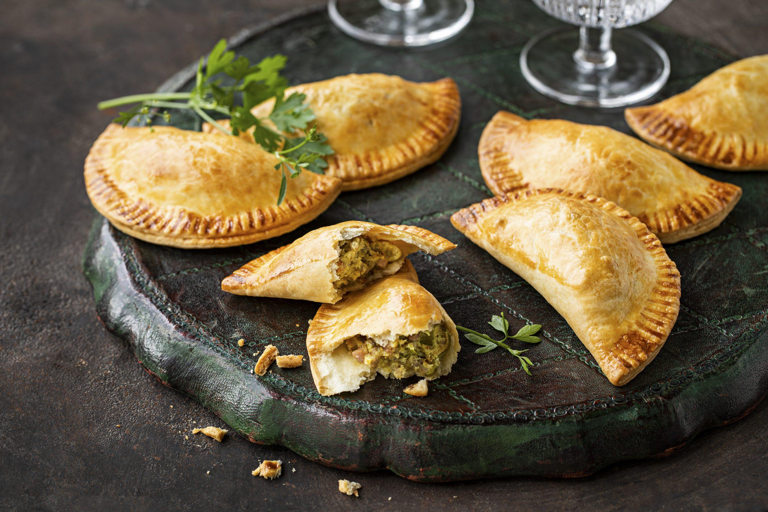 Empanadas mit Hackfleisch-Ricotta-Füllung