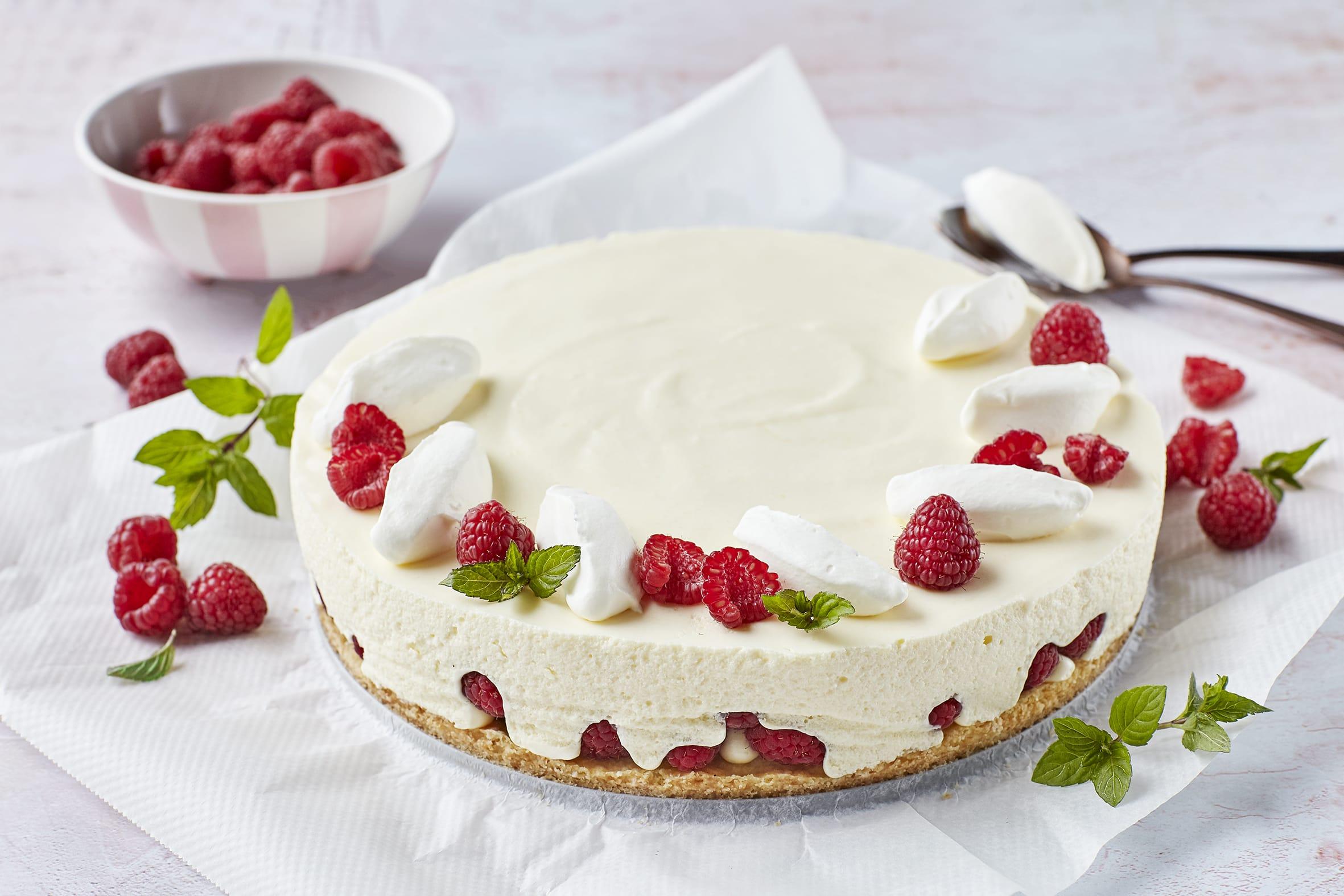 Gâteau au séré et aux framboises