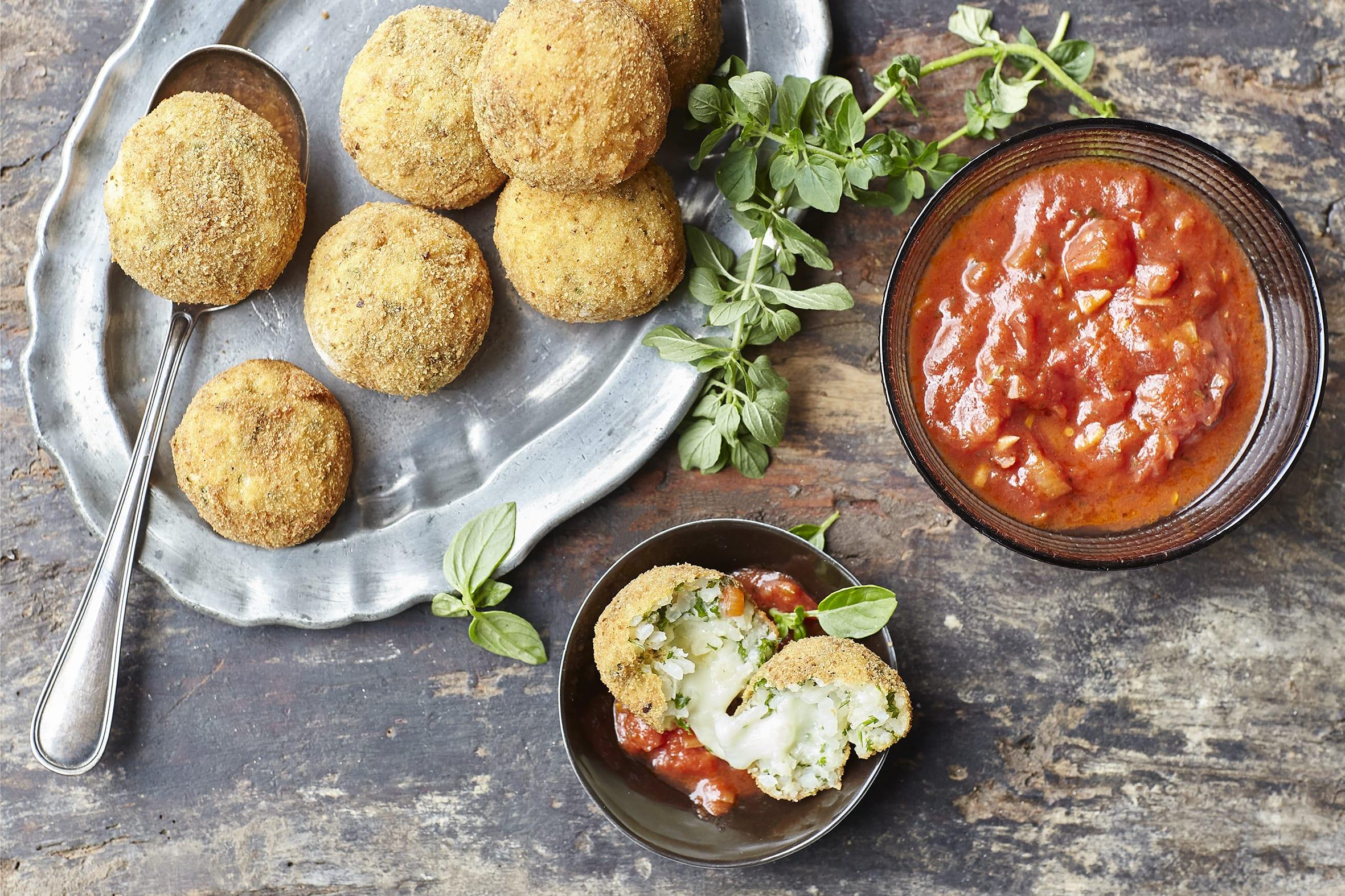Arancini mit Tomatensauce (No Food Waste)