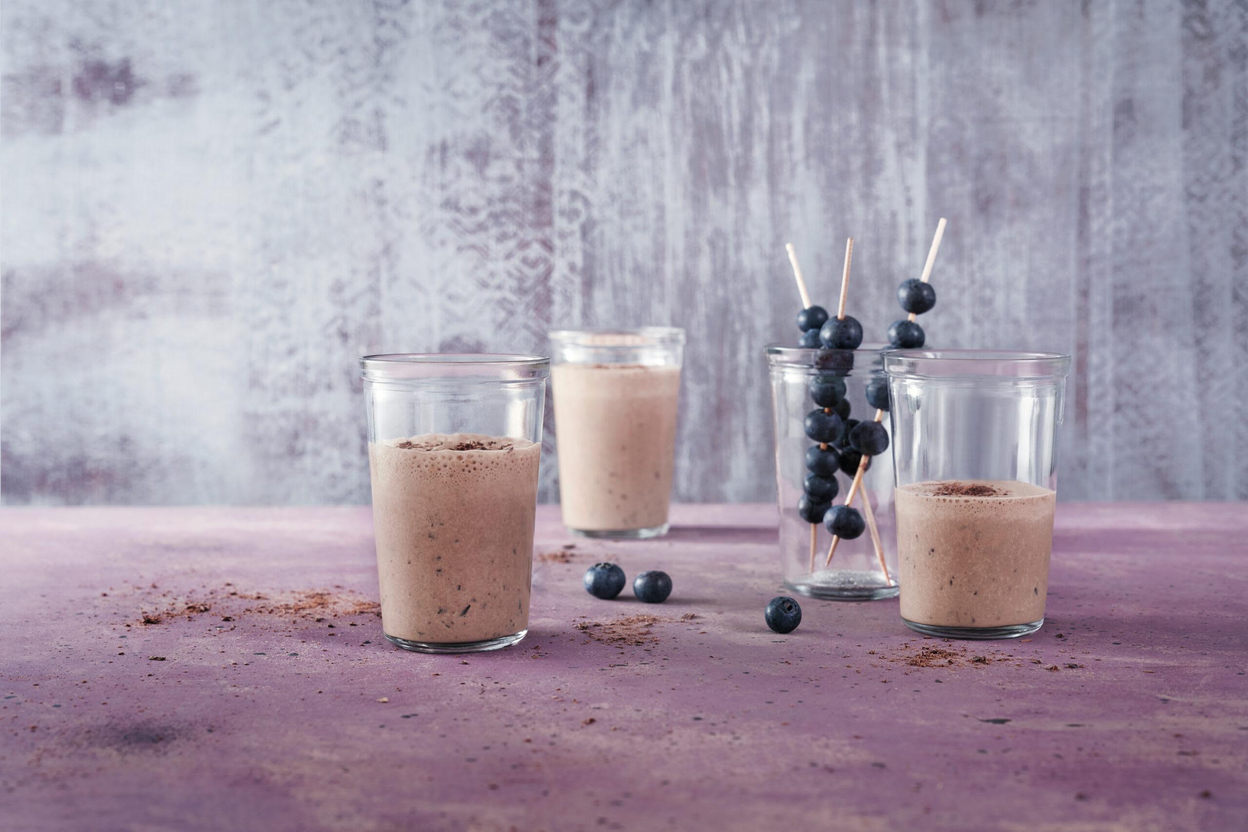 Milkshake de récupération aux fruits rouges et au chocolat