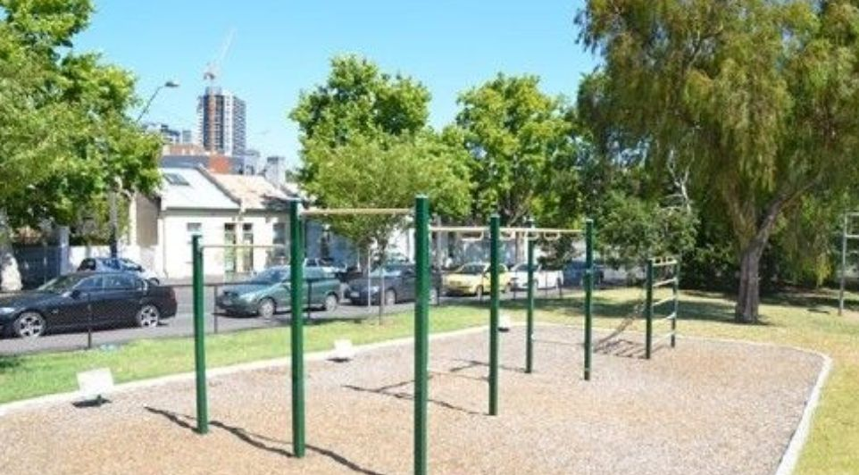 Melbourne - Outdoor Fitness Gym - Eades Park