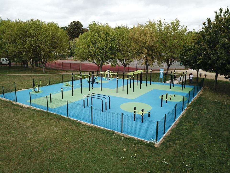 Rue Jean Etienne Guettard - Étampes - Essonne - Street Workout Park