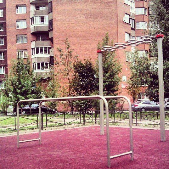 Saint Petersburg - Aire de Fitness - Ул Яхтенная