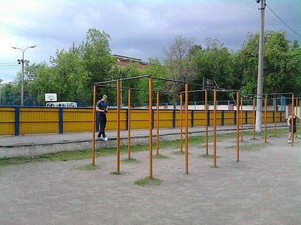 Moscow - Calisthenics Gym - 2-Й Краснокурсантский Проезд