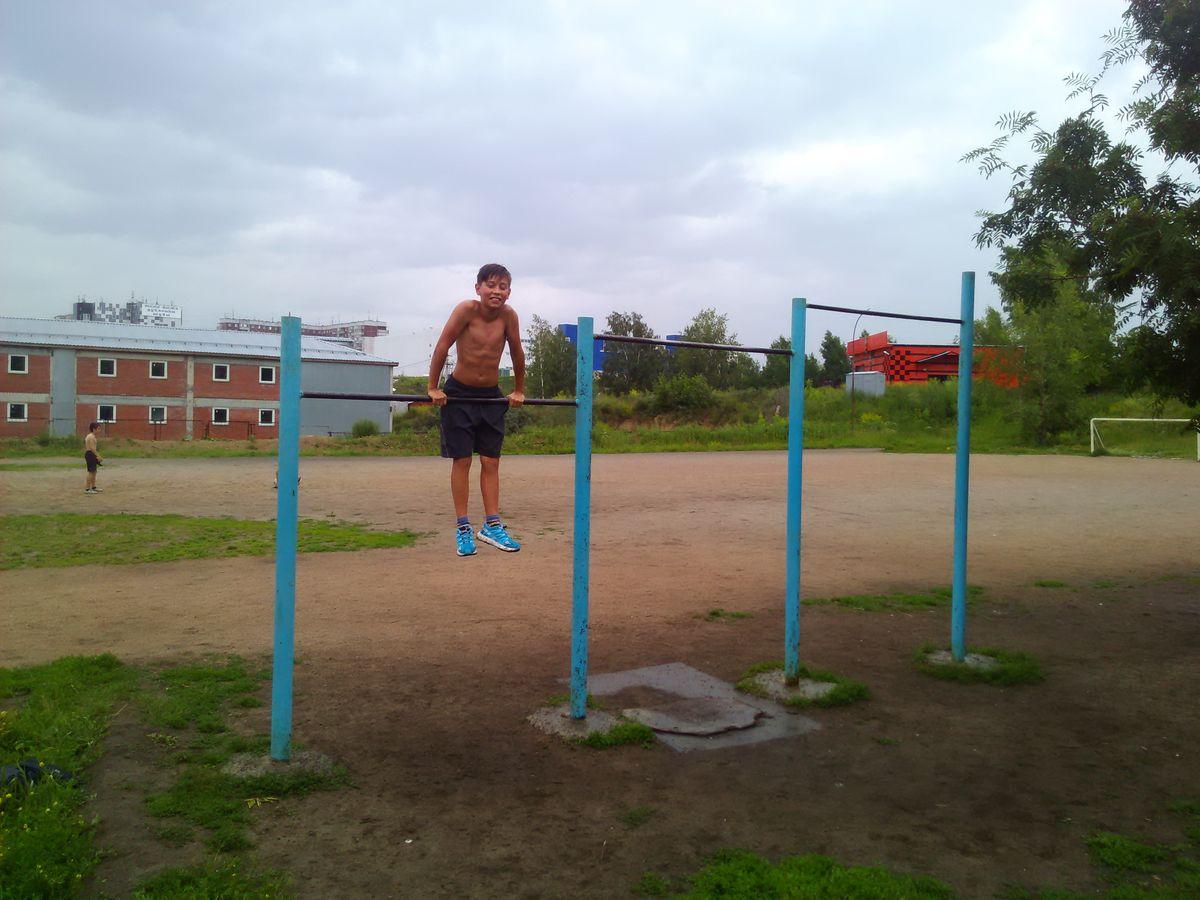 Novosibirsk - Street Workout Park - Школа 199