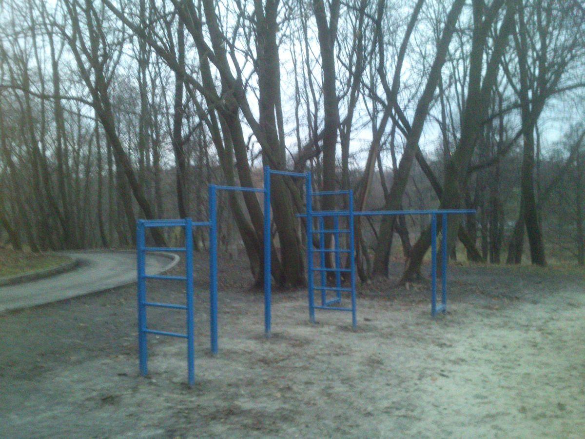 Kyiv - Street Workout Park - Nyvky Park