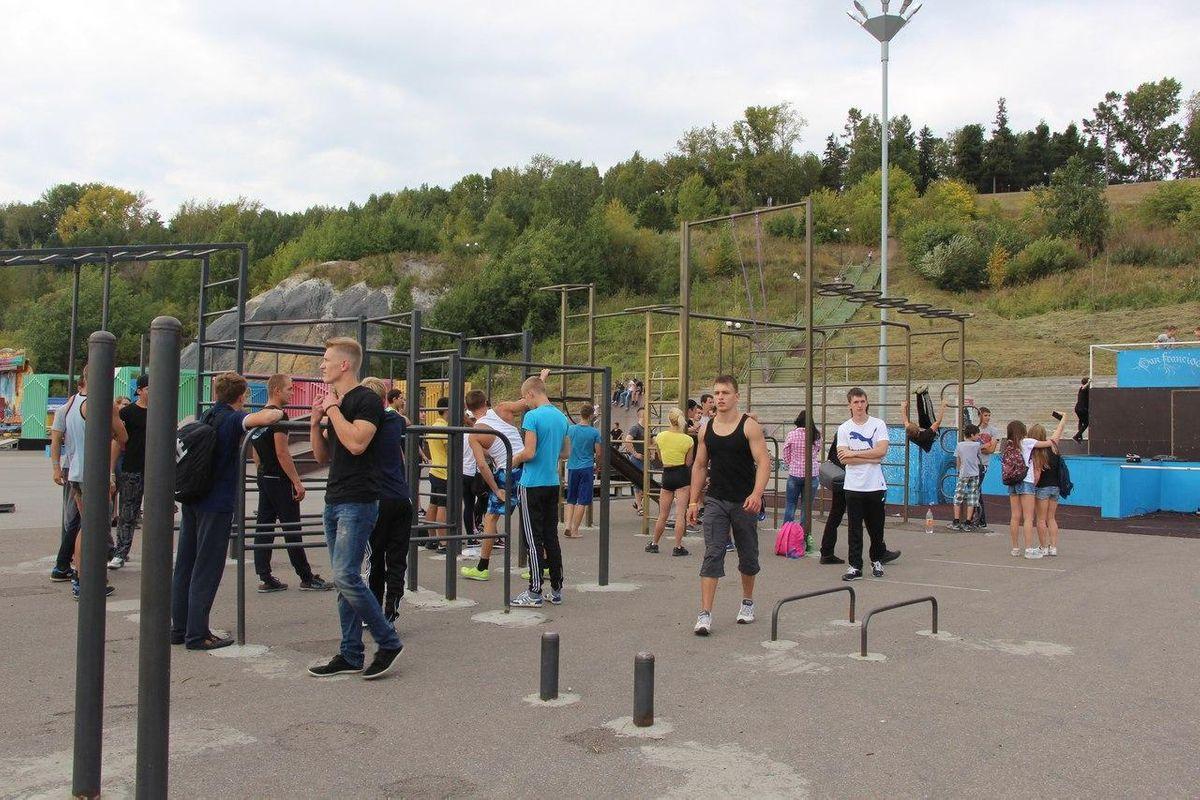 Tomsk - Street Workout Park - Теннисный Клуб Чемпион