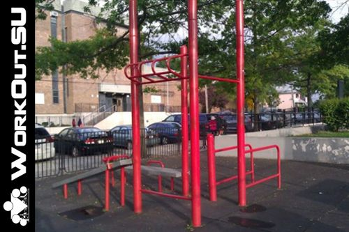 New York City - Outdoor Gym - Colden Street