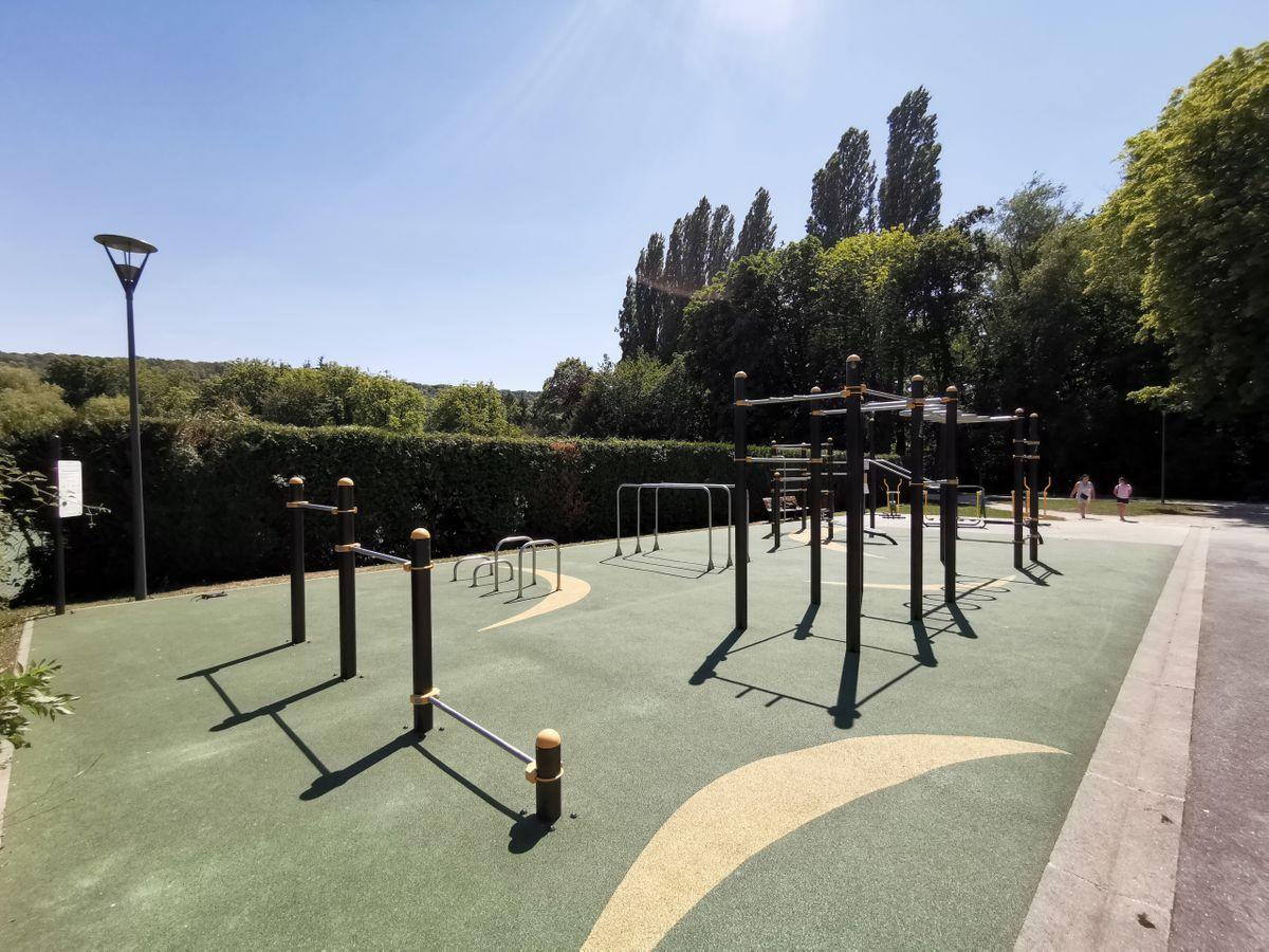 Gif-sur-Yvette - Calisthenics Park -  Parc des Sports Michel Pelchat