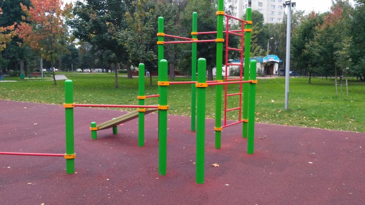 Yaroslavl - Street Workout Park - Кафе  Агдам