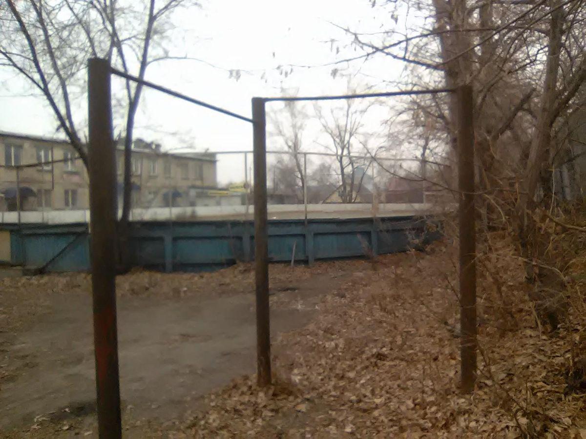 Chelyabinsk - Street Workout Park - Красное & Белое