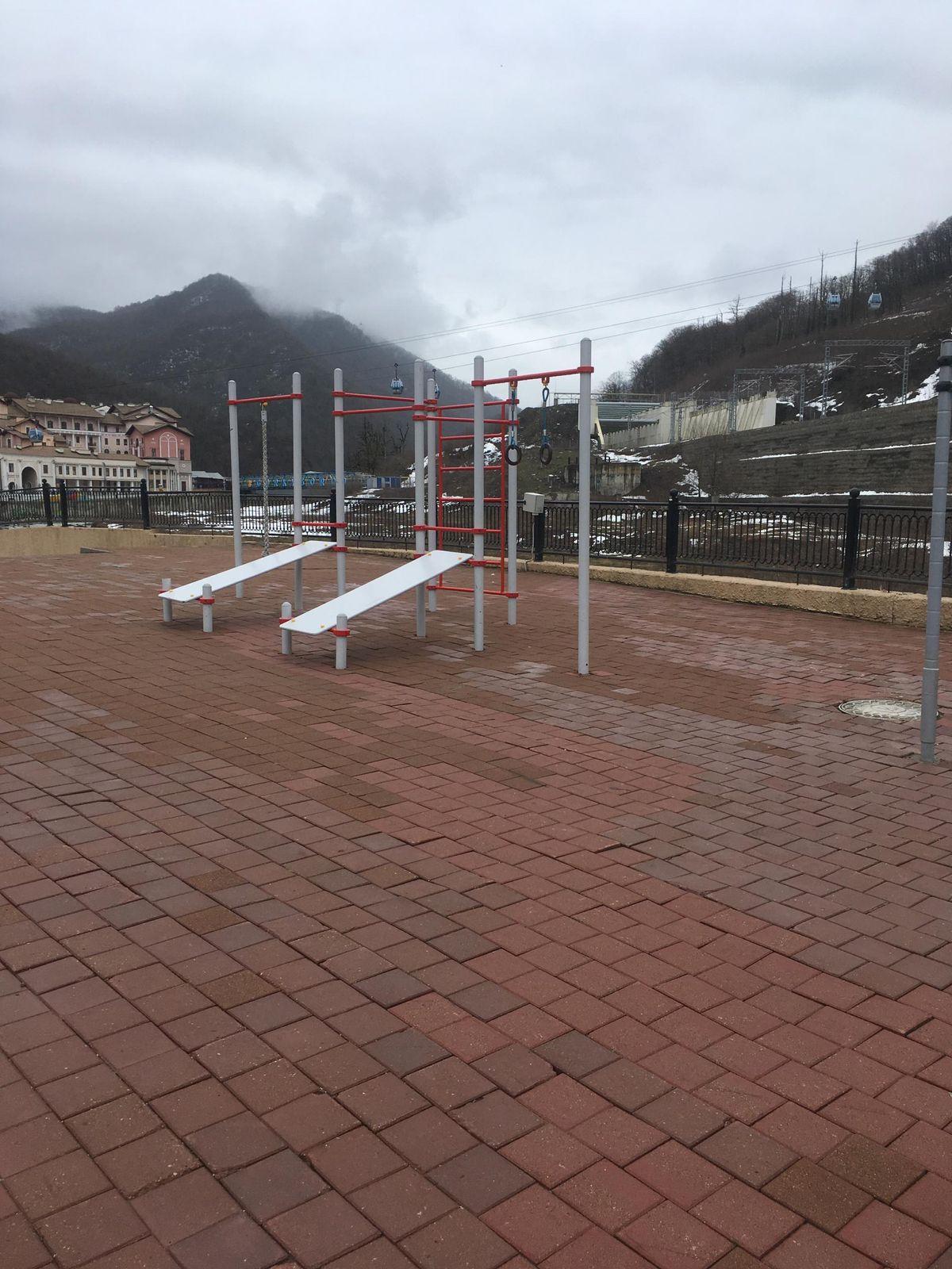 Sochi - Street Workout Park - Набережная Времена Года
