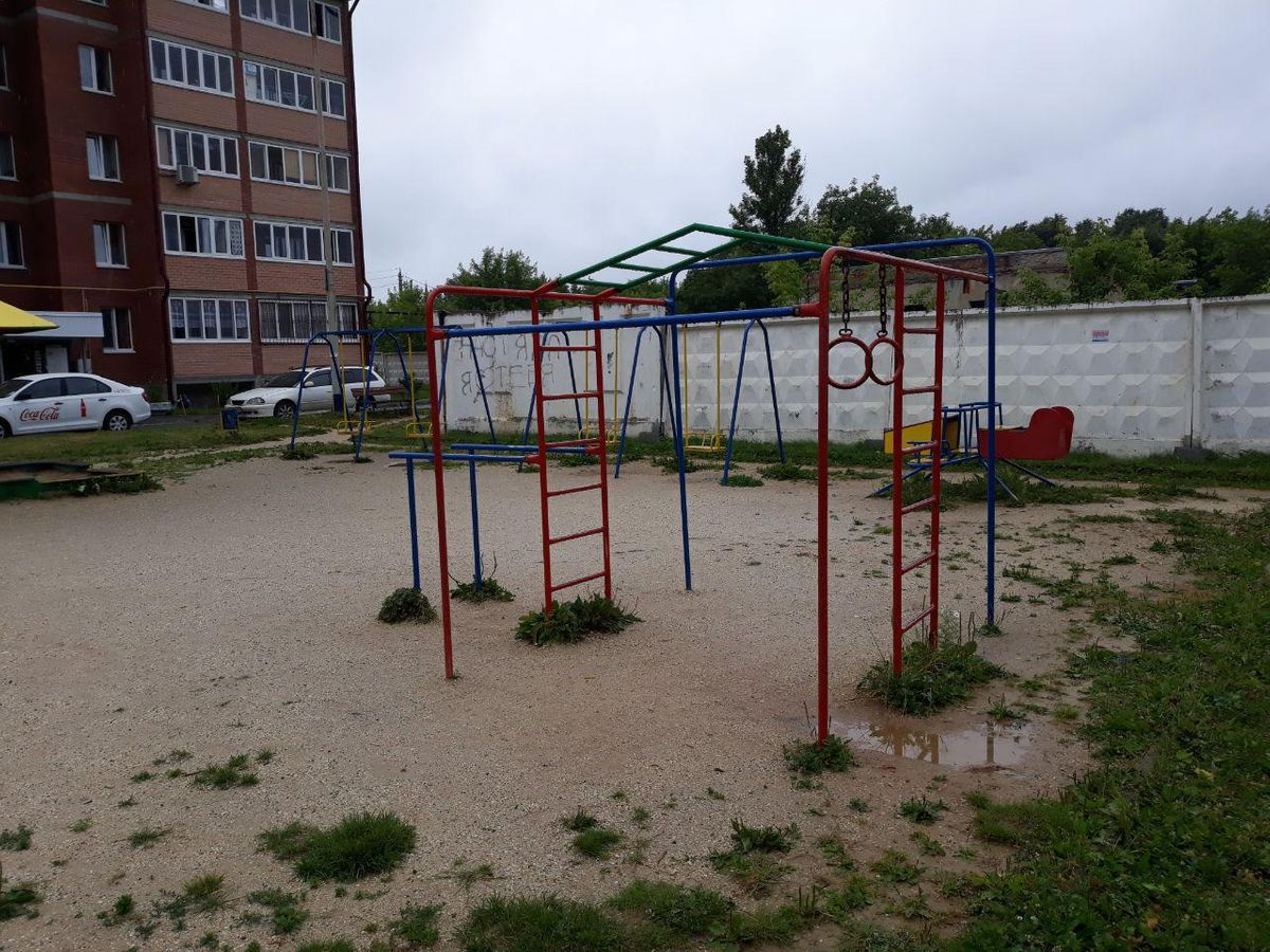 Verkhnyaya Pyshma - Outdoor Gym - Элем