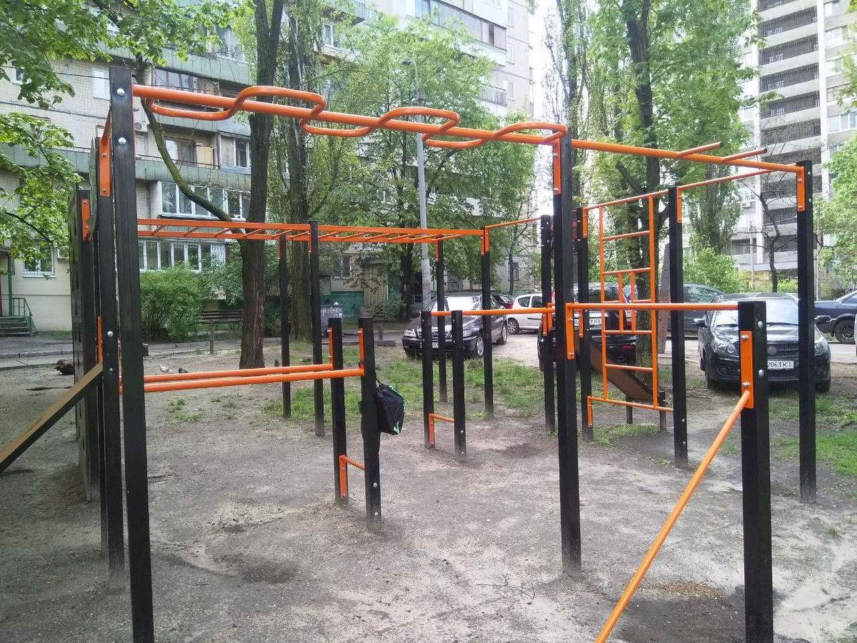 Kyiv - Street Workout Park - Раїси Окіпної