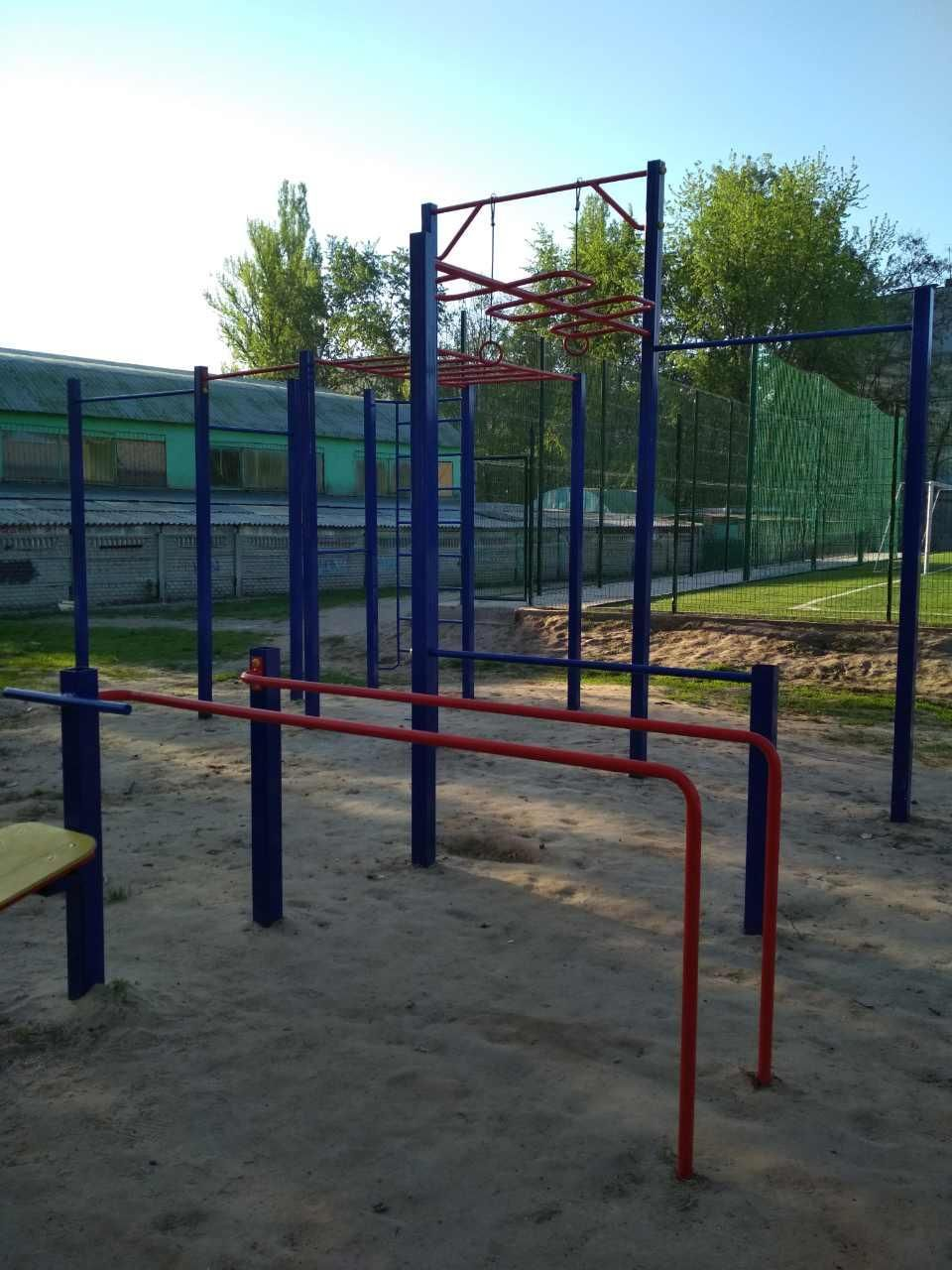 Chernihiv - Street Workout Park - Champion