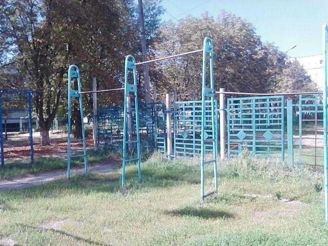 Vovchansk - Street Workout Park - Площа Смільского