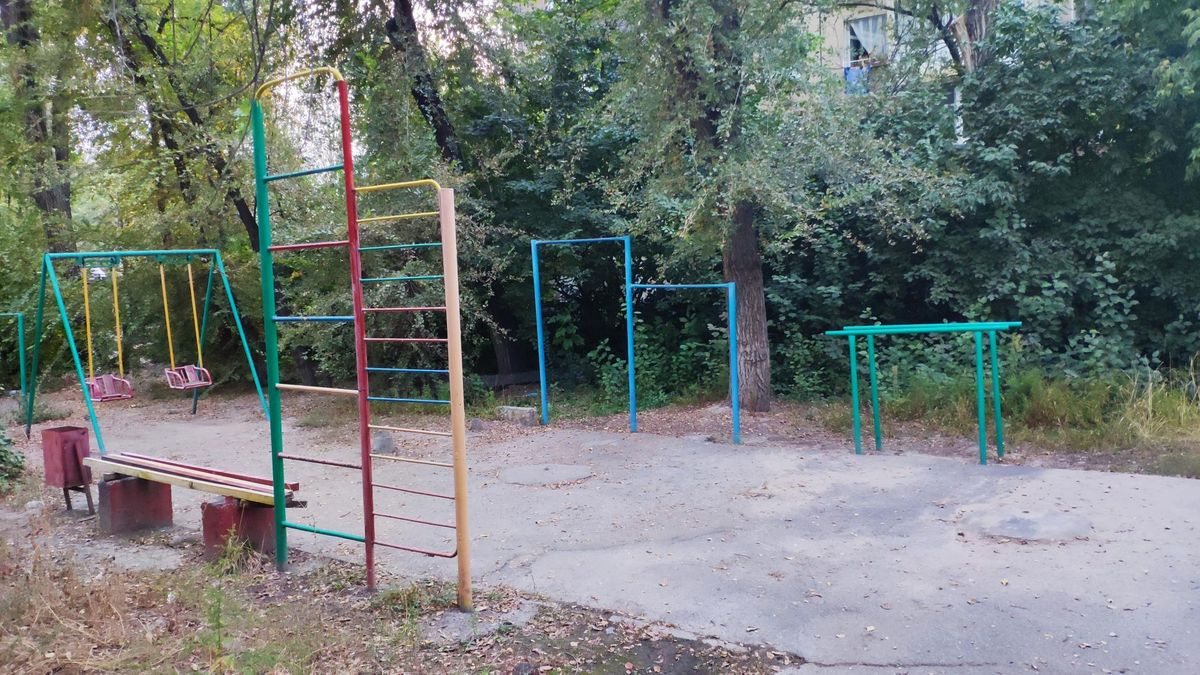 Bishkek - Outdoor Gym - Silk Road International School