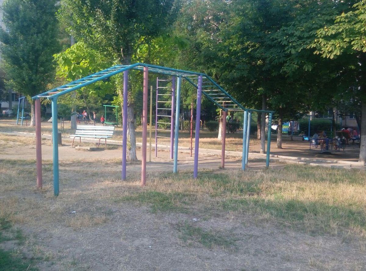 Yuzhne - Fitness Park - АЗС «WOG»