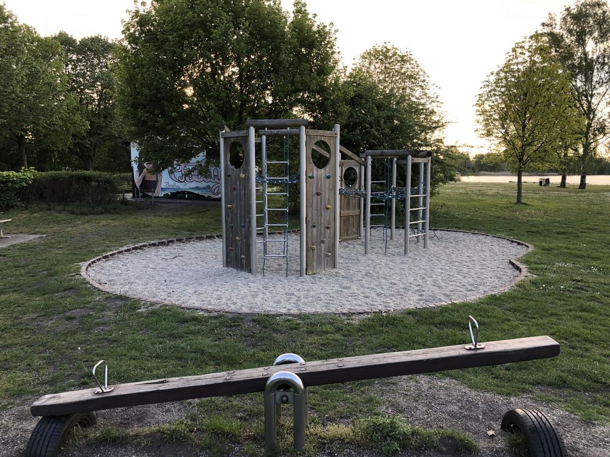Senftenberg - Fitness Park - Liegewiese Niemtsch (Senftenberger See)