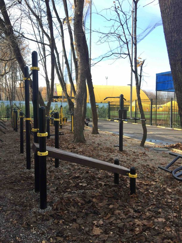 Moscow - Street Workout Park - Футбольное Поле  Конструктор