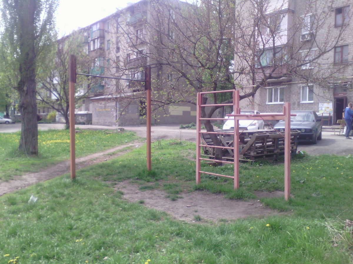 Makiivka - Outdoor Gym - АЗС Параллель