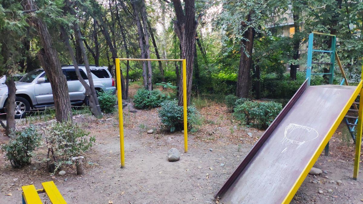 Bishkek - Outdoor Gym - Silk Road International School