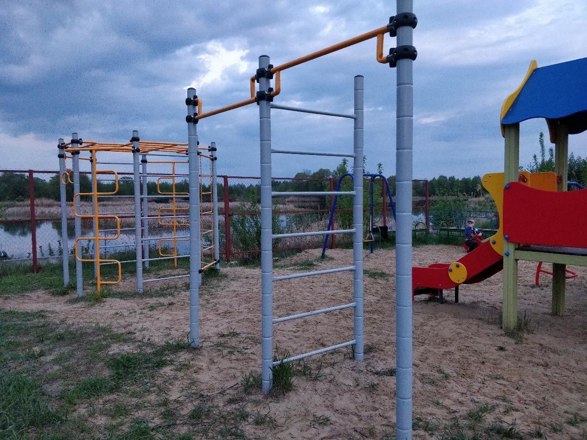 Dobrovsky - Street Workout Park - 399140